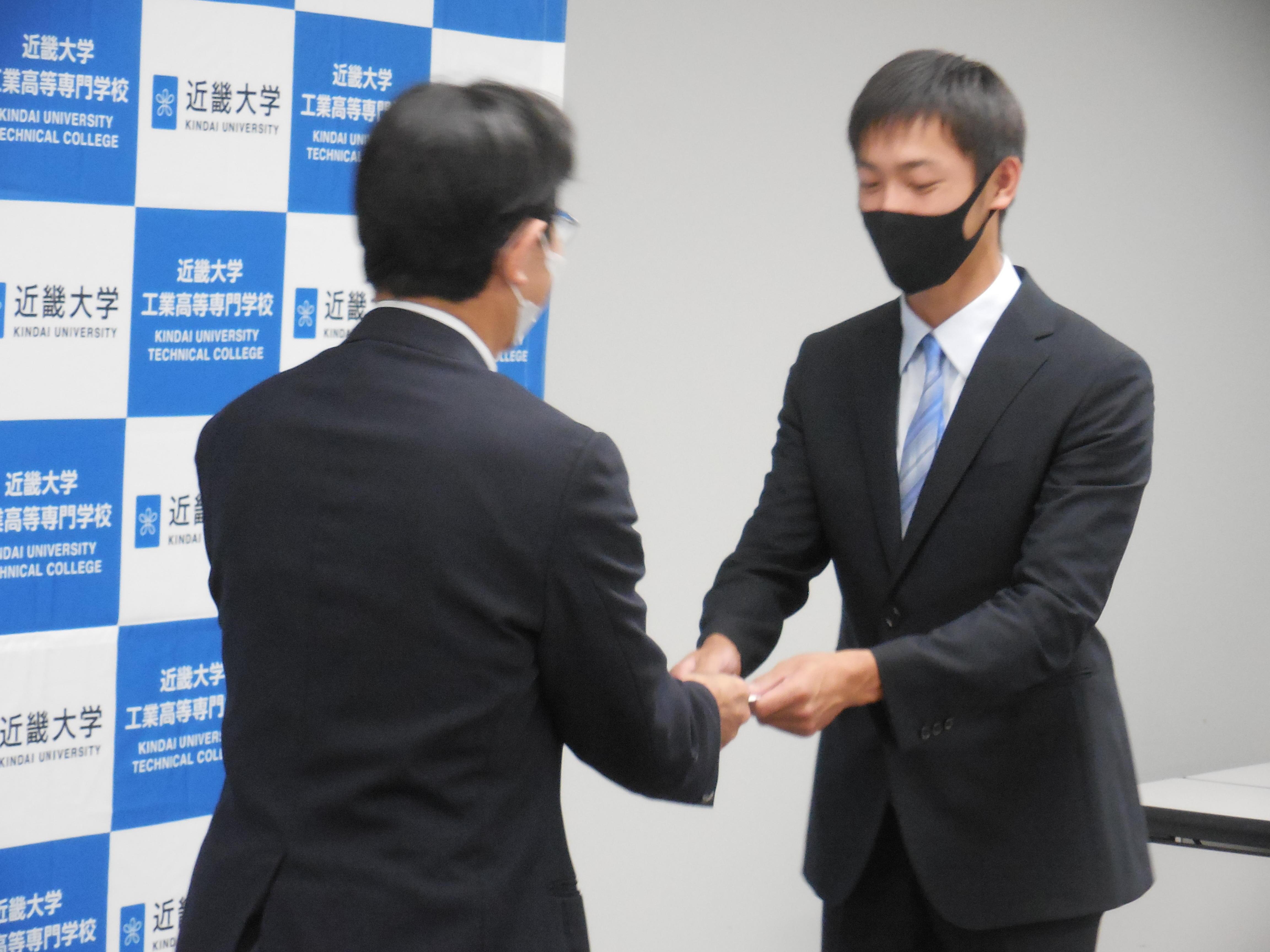 伊藤陸写真 (2).JPG